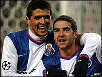 Lucho Gonz�lez y Lisandro L�pez, la f�rmula argentina del Porto.