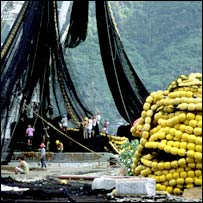 Nets on tuna boat. Image: Wolcott Henry 2005/Marine Photobank
