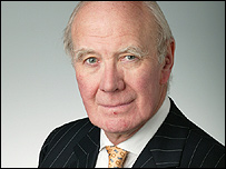 Leader Liberal Democrats Sir Menzies Campbell