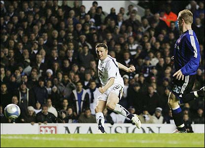Robbie Keane scores the second for Spurs