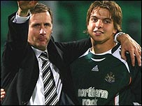 Newcastle boss Glenn Roeder and keeper Tim Krul