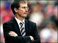 Newcastle boss Glenn Roeder