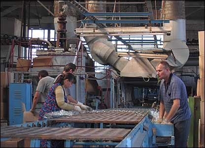 Workers at the ISKRA glass factory, Lvov, western Ukraine