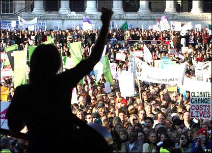 Singer KT Tunstall performing at Trafalgar Square