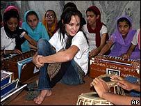 Angelina Jolie meeting Afghan Sikh refugees in New Delhi, India