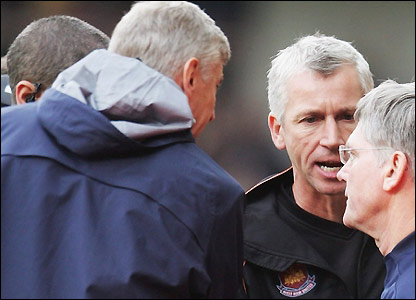 Alan Pardew and Arsene Wenger square up