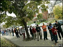 A long line of voters in Columbus, Ohio, in 2004 elections