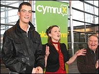 Glyn Wise, Bethan Jenkins, Dafydd Iwan