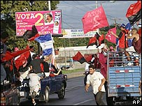 Nicaragüenses celebran la ventaja de Ortega en Managua