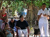 Capacitaci�n de prestatarias de Grameen de la Frontera (Gentileza: Grameen de la Frontera)