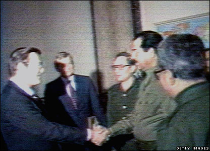 Donald Rumsfeld meets Saddam Hussein as an envoy for former US President Ronald Reagan (20 Dec 1983)