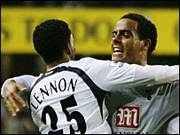 Tom Huddlestone (r) and Aaron Lennon
