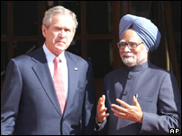 US President George W Bush and India's Prime Minister Manmohan Singh