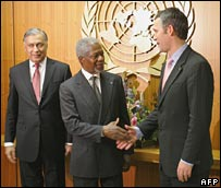 Shaukat Aziz, Kofi Annan and Jens Stoltenberg. Image: AFP/Getty