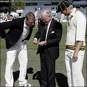 John Howard tells Andrew Flintoff he has called correctly in Canberra