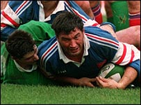 Marc Cecillon scores a try against Ireland on 4 March 1995 - his last international match