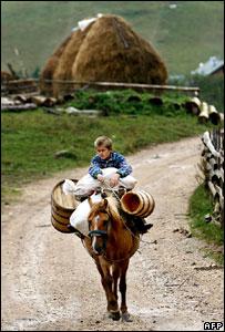 Un niño en  Kosovo