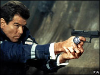 Pierce Brosnan in The World Is Not Enough