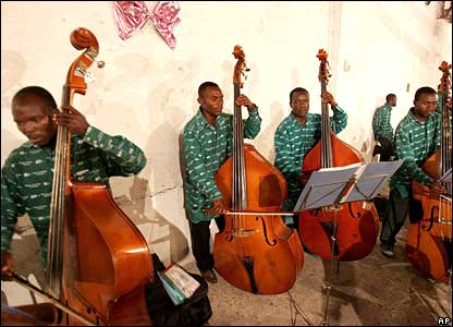 Cellists in the Democratic Republic of Congo