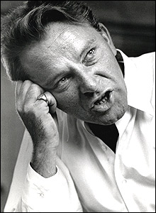 Richard Burton at the BBC in 1960