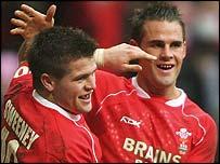 Wales try-scorers Ceri Sweeney and Lee Byrne