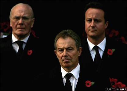 Tony Blair flanked by David Cameron and Sir Menzies Campbell