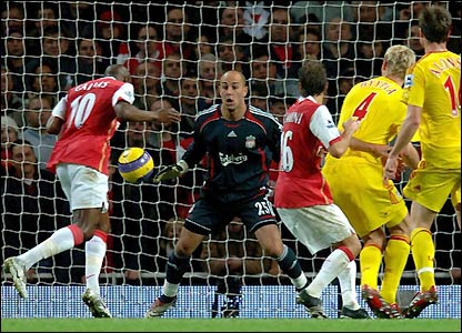 William Gallas scores