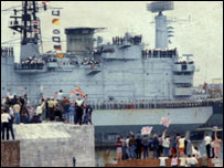 Crowds greeting HMS Hermes on its return to Portsmouth from the Falklands