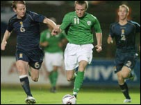 The Republic's Alan O'Brien gets away from Michael Stewart