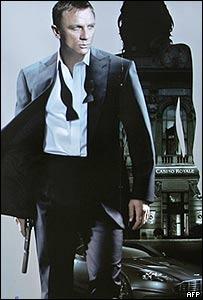 Imagen del poster de promoción de Casino Royale
