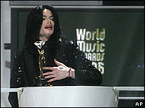 Michael Jackson receives a lifetime achievement award