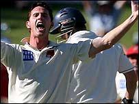Shaun Tait takes a wicket