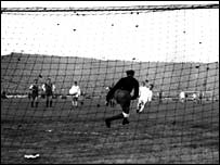 Ferenc Puskas scores in the European Cup final