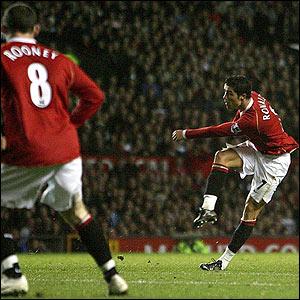Cristiano Ronaldo scores Manchester United's opener