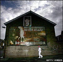 Republican mural on a house in Belfast