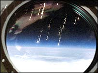 Meteor fragments enter the earth's atmosphere