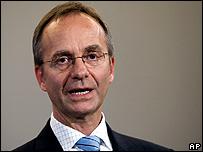 Henk Kamp, Dutch defence minister