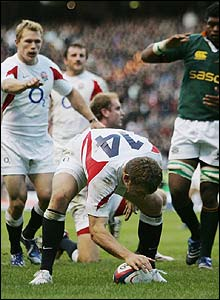 Mark Cueto scores his 12th try for England