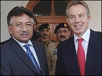 Pakistan President Pervez Musharraf and UK Prime Minister Tony Blair