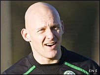 Thomas Gravesen is all smiles during training