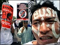 Anti-US demonstrators in Jakarta on 19 November