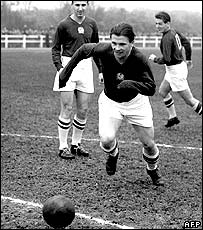 Puskas practising with other members of the Hungarian team