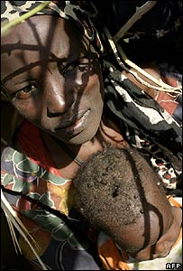 Darfur refugee woman