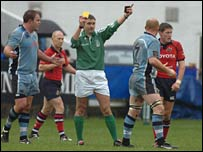 Martyn Williams sees yellow at the Arms Park