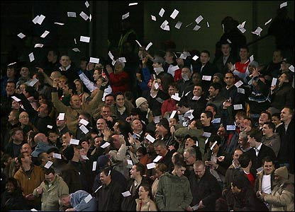 Arsenal fans at Stamford Bridge