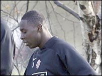 USA star Freddy Adu trains with Manchester United