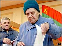 Elderly woman votes in Trans-Dniester election