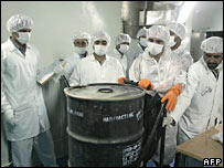Iranian technicians at the Isfahan nuclear plant