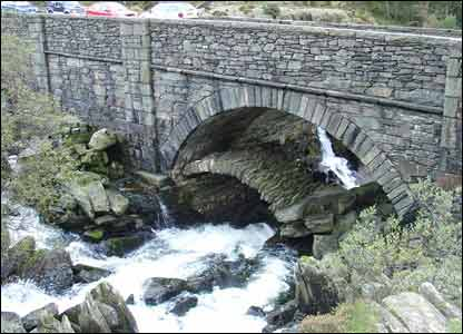 Dave Williams sent in this shot of the two bridges (the old packhorse bridge is underneath) over the River Ogwen