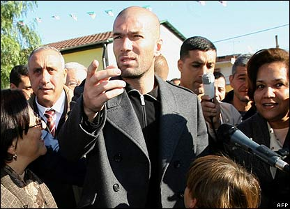 Football star Zinedine Zidane in Algeria